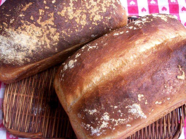100707女将イギリスパン.jpg