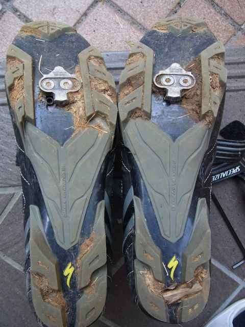 きのう履いてた靴の裏.jpg