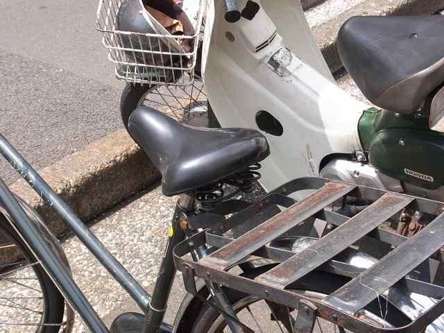 母自転車サドル.jpg