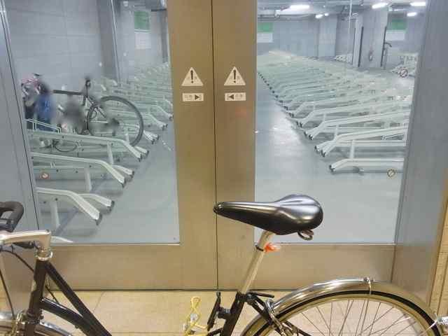 駐輪場.jpg