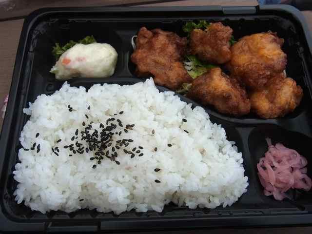 鶏唐揚げ弁当.jpg