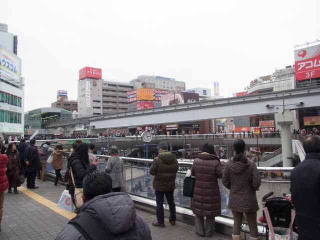 1月25日細川もりひろさん@立川駅南口1.jpg