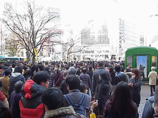 2月1日細川もりひろさん@渋谷ハチ公前2.jpg