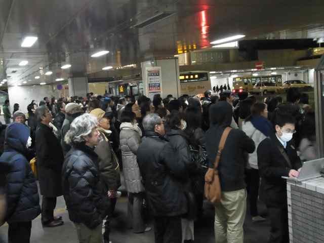 2月6日細川もりひろさん@練馬駅15.jpg