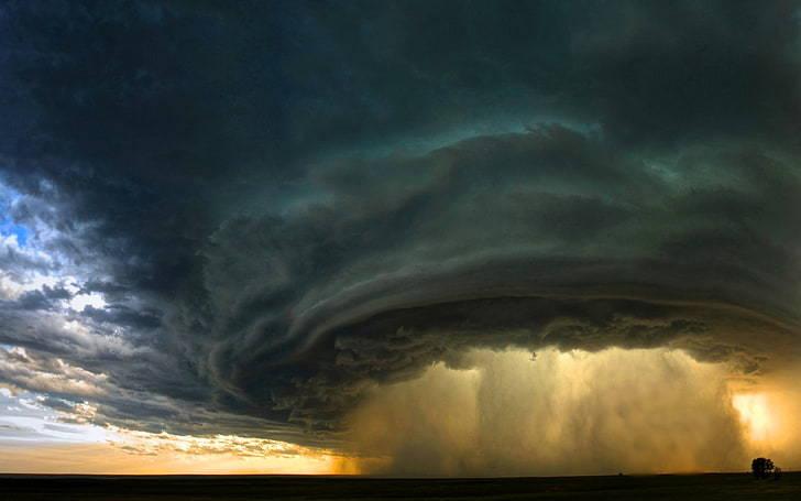 supercell-storm-montana-sunset-wallpaper-preview.jpg